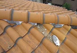 屋根漆喰はがれ