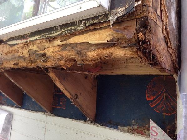 神奈川県愛甲郡愛川町 T様邸 屋根カバー工法、外壁樹脂サイディング工事、雨樋の交換、破風板板金囲い、軒天塗装 (7)