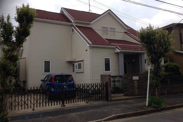 神奈川県愛甲郡愛川町 T様邸 屋根カバー工法、外壁樹脂サイディング工事、雨樋の交換、破風板板金囲い、軒天塗装 (13)